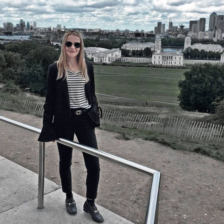 """205 Likes, 7 Comments - Gabriella Buzas (@epicstreetstyle) on Instagram: """"Pretty Little London ❤❤❤ . ."""" love london city view greenwich outfit ootd minimal style black and white smart suit topshop ray-ban big sleeves lace-up blazer loafers cropped tailored trousers fishnet socks"""
