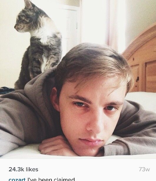 Great picture of Jon Cozart, with his catlol