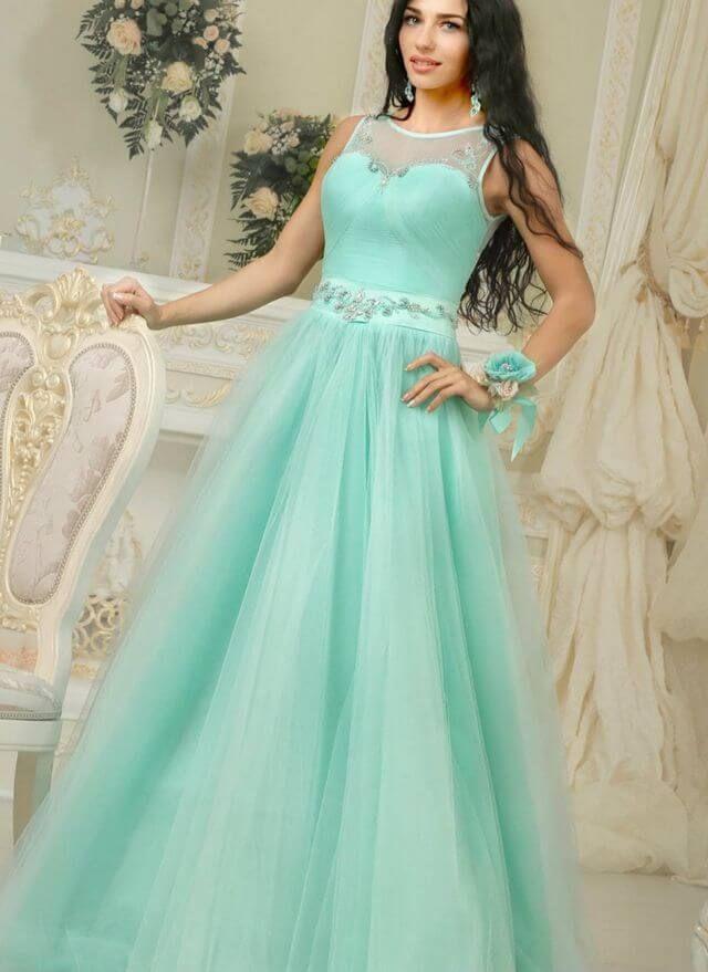Vestido de novia con verde