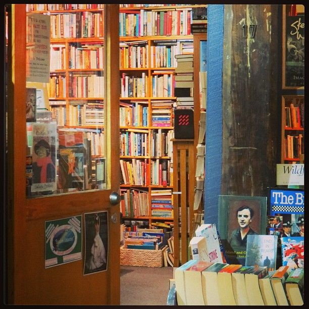 Deja Vu Books, 77 Salamanca Pl, Hobart.