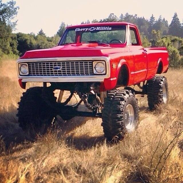 Love old chevy trucks