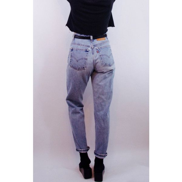rad 90s vintage LEVI'S 550 medium wash denim jeans SZ 10/30 90s... (570 NOK) ❤ liked on Polyvore featuring jeans, vintage high waisted jeans, boyfriend jeans, grunge jeans, high rise jeans and loose fitting boyfriend jeans