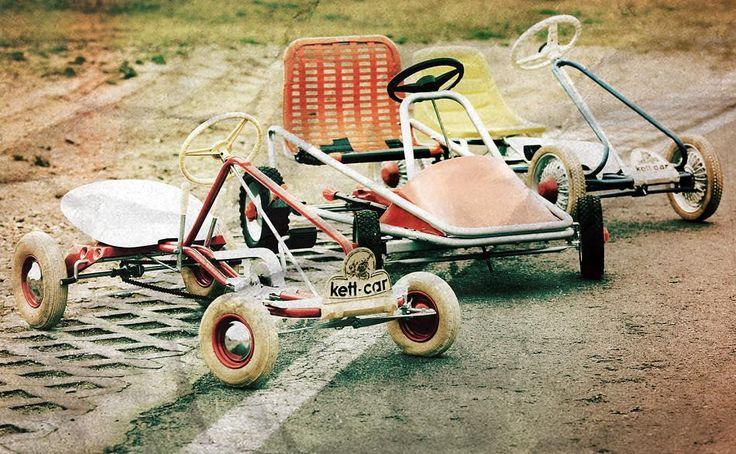 Früher wünschten sich Kinder ein Kettcar, heute ein Smartphone. Nun musste Kettcar-Hersteller Kettler Insolvenz anmelden. Ereilt das Spielzeug das gleiche Schicksal wie die Märklin-Eisenbahn und die Carrera-Bahn?