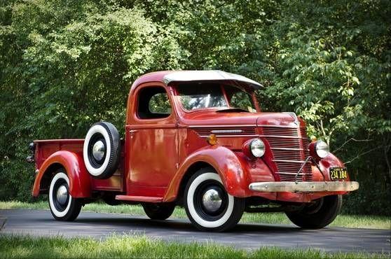 1939 International Harvester D2 pickup