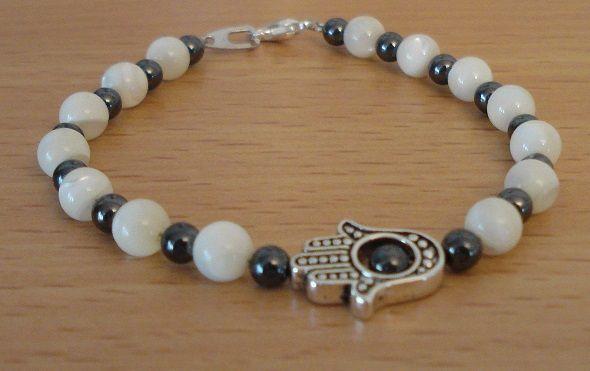 Hamsa bracelet - Pearl bracelet - Hematite bracelet - Middle east bracelet