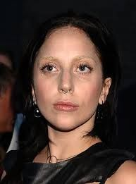 Lady Gaga septum piercing