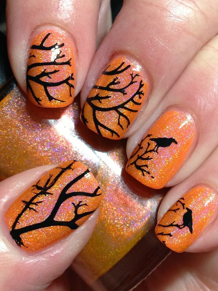 October has officially arrived so I guess its OK to start posting Halloween-ish manis now! I...