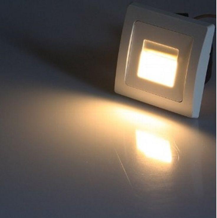 Diese LED-Einbauleuchte eignet sich sehr gut z.B. für Wandeinbau oder Treppenstufenbeleuchtung. Modernste COB-LED und direkter Anschluss an 230V über Lüsterklemme. Energieeffizienzklasse A  Technische Daten: - Anschluss: 230V/50Hz - Lichtstrom 110lm  - Leistung 1,5W  - Lichtfarbe warmweiß  - Farbtemperatur 3000K  - Leuchtwinkel 120°  - Spannung 85-265V/50Hz  - 100% Hell 0 Sek.  - Ein/Aus 20.000x  - Leuchtdauer 30.000 Std. - Leistungsfaktor >0,5  - RA >70  - Quecksilber Hg 0,0mg  - BxH…