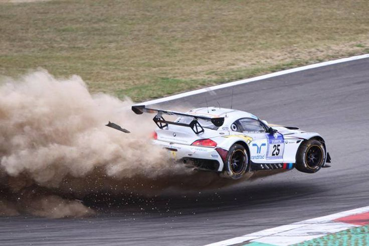 25 Marc Vds Bmw Crashes Big Time User Gallery Photos