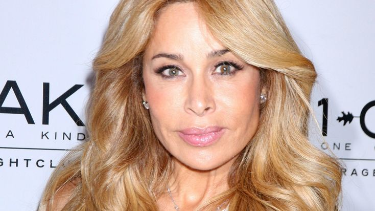 Nicole Brown Simpson's friend and star or Real Housewives of Beverly Hills Faye Resnick has revealed that she is not going to watch the upcoming O.J special titled 'O.J. Simpson: The Lost Confession?'as she believes it's nothing more but a stunt. Faye, who was one of Nicole's closes...