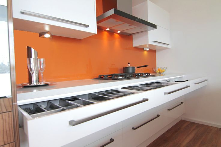 www.wallspan.com.au This high style, high gloss range is popular amongst designers that want to give a property a sophisticated edge.
