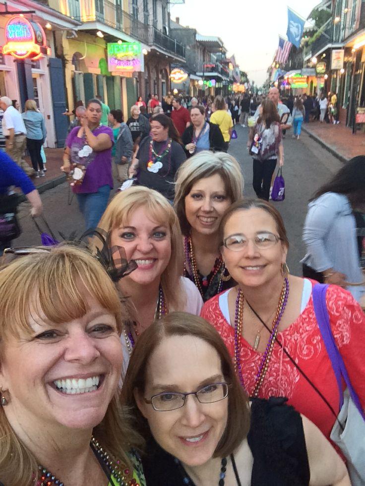 Selfie on Bourbon Street with Jane Stewart, Janine Summers, Pamela Worlton and new friend