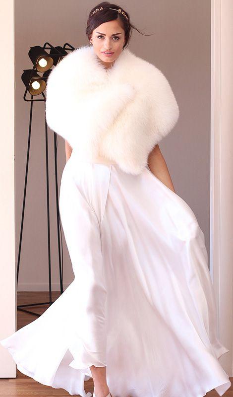 Fox Stole - Elsafur #elsafur #fur #furs #furcoat #coat #cappotto #peliccia #pellicce #bridal #minkjacket #furcape #sablefur #sablejacket #sablecoat #minkcoat #chinchillafur #orylagjacket #orylagstole #furstole