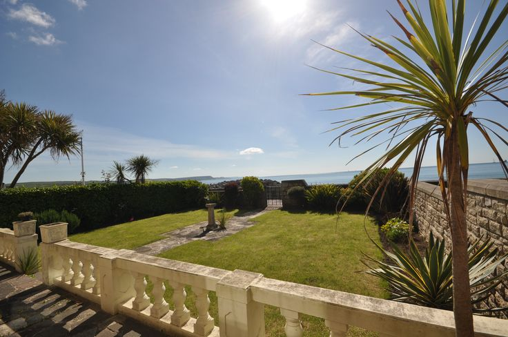 New properties!! ****Weymouth Bay Apartments B & C***** Both of these properties have AMAZING sea views. These apartments are spacious and have lots of room both having three bedrooms sleeping seven and both welcome two dogs! http://www.dream-cottages.co.uk/cottage-details/WEYBB