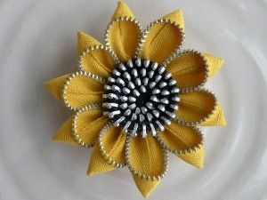 Zipper Flower Pins - photo only