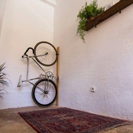 Soporte de madera para bicicleta
