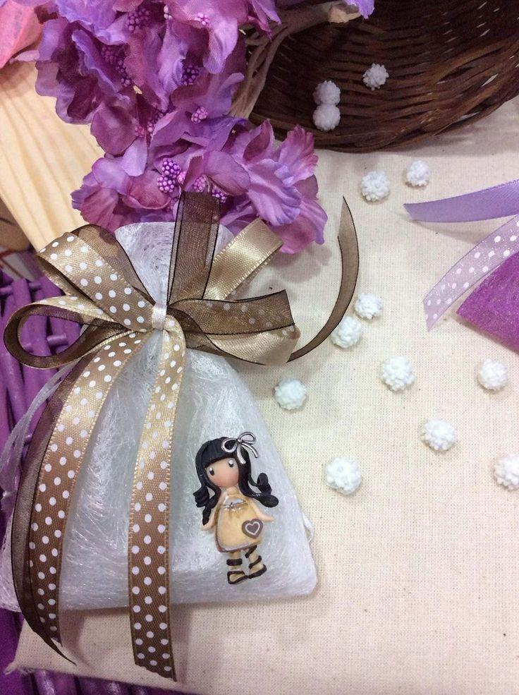 Sacchettino porta confetti avorio con applicata Gorjuss