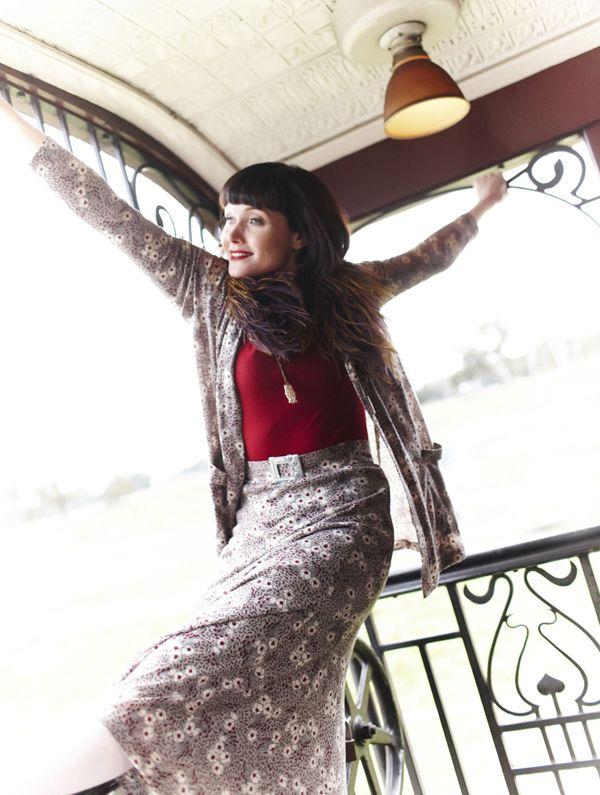 Le style Miss Fisher en 10 looks - Miss Fisher enquête ! - France 3