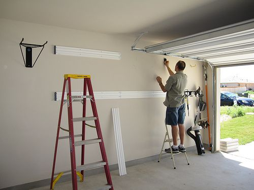 Garage Door Installation On Your Own - http://www.dailylifestyleideas.com/wedding-ideas/garage-door-installation-on-your-own-3.html