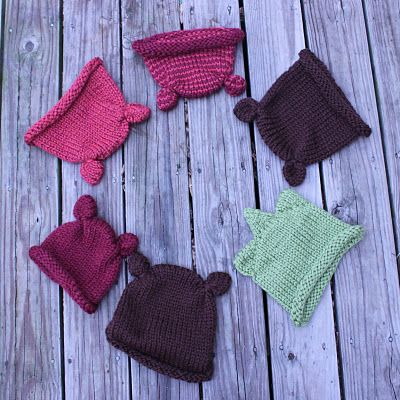 Fast and easy knitted hats