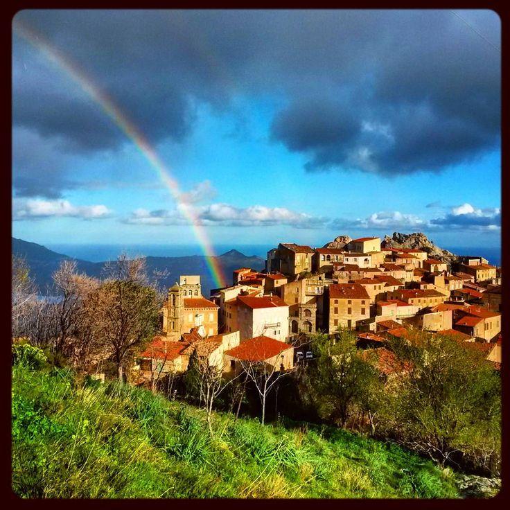#corsica2016 #corsica #corse #balagne #speloncato #village #paese #speluncatu #matin #pluie #rain #hiver #winter #arcenciel #rainbow #soleil #sun #igerscorsica