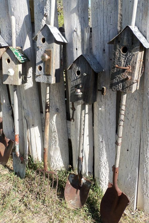 Old shovels and rakes with birdhouses on the top ! perfect for vintage gardens ! ++ Here