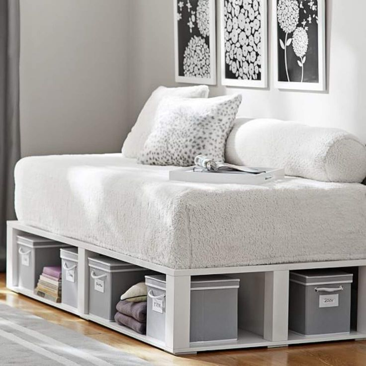 Loungeabout Daybed  bedroom  Daybed mattress Twin bed