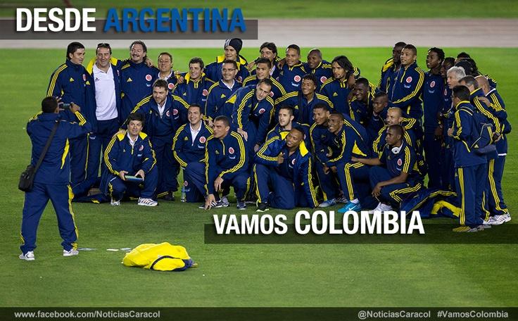 La selección Colombia visitó el estadio de River Plate y aprovechó para tomarse la foto, previo al gran encuentro contra Argentina este viernes. Más noticias en www.noticiascaracol.com