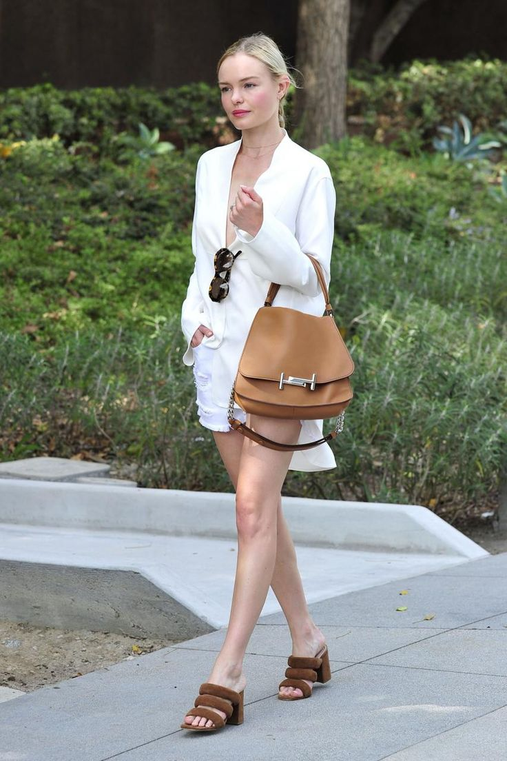 Kate Bosworth wearing Matisse X Kate Bosworth Kelly Sandals and Tod's Double T Bag