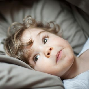 YOUR CHILD'S COUGH SYMPTOMS To help you figure out which illness might be causing that cough, see this basic breakdown on coughs in children WhatToExpect.com.