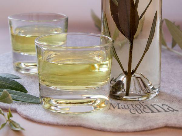 LIQUORE DI ULIVO #liquore #ulivo #regalo #natale