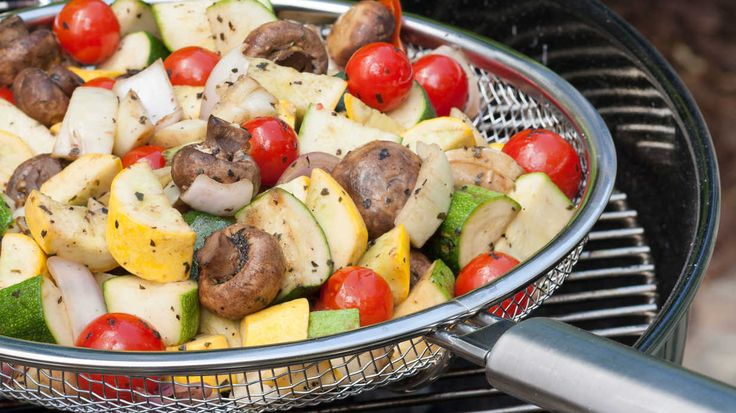 For a supper low in calories and fat, try this completely grilled menu for six. Yes! You can grill bread and even banana splits while sticking to your healthy eating plan. Grilling enhances flavor without adding fat, so is a natural choice for great-tasting, low calorie dishes.