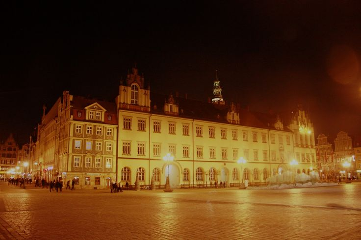 #wrocław by night