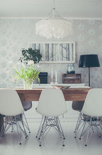 ruokaahuone,ruokapöytä,vitra,eames,lankkupöytä