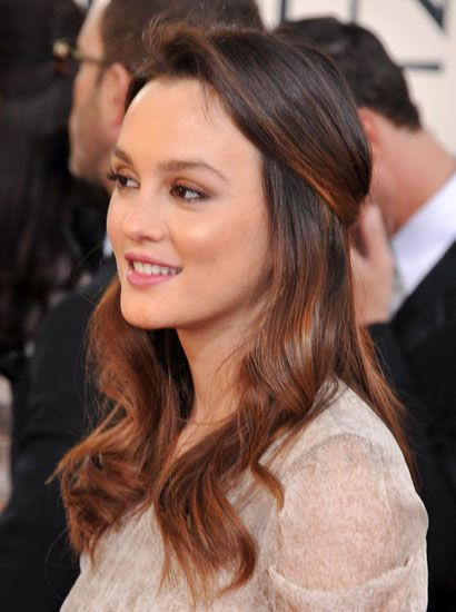 Google Image Result for http://fashtrend.com/wp-content/uploads/2012/02/Hairstyles-Half-Up-2012.jpg