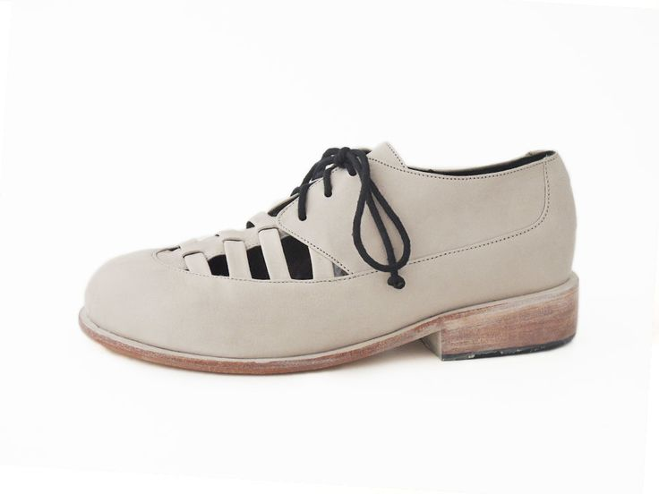 Deda Ivory brogue with cut outs