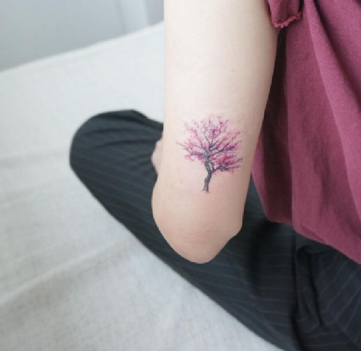 best 20 cherry tree tattoos ideas on pinterest tree tattoos cherry blossom tree and tree. Black Bedroom Furniture Sets. Home Design Ideas