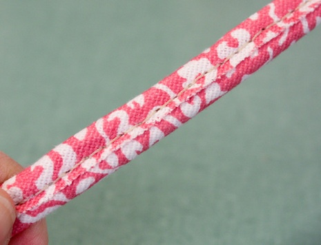 How to make double welt cord: Accessories Borse Ide, Welt Cords, Sewing Ideas Techniques, Sewing Techniques, Sewing Crafts, Couture Techniques, Crafts Projects Sewing, Furniture Idea, Couture Tuto