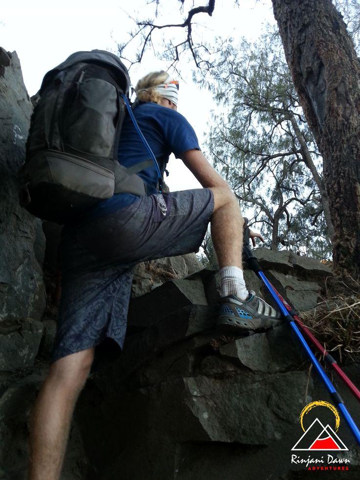 Andy (Scotland) climbing up to Plawangan Senaru