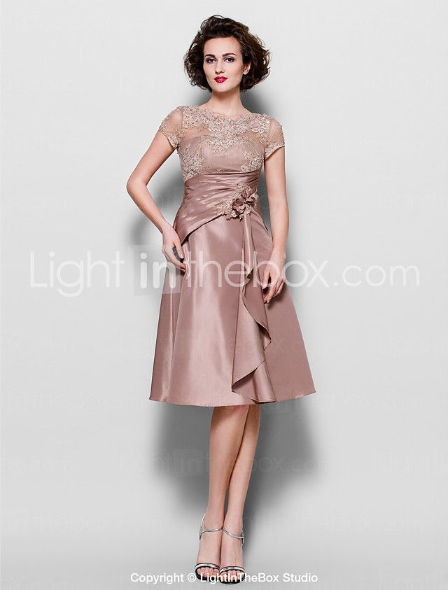 A-line Plus Size / Petite Mother of the Bride Dress - See Through Knee-length Short Sleeve Lace / Taffeta withBeading / Flower(s) / Lace 2016 - $104.49