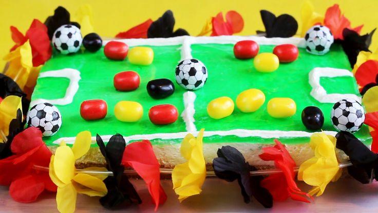 Kochvideo zum einfach nachkochen: Diese leckere Fußball-Torte passt hervorragend zur EM 2016 und ist ein echter Hingucker.