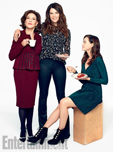 The 'Gilmore Girls' (and Guys) Are Back! Exclusive Photos of the Stars Hollow Crew | Alexis Bledel, Lauren Graham, and Kelly Bishop | EW.com