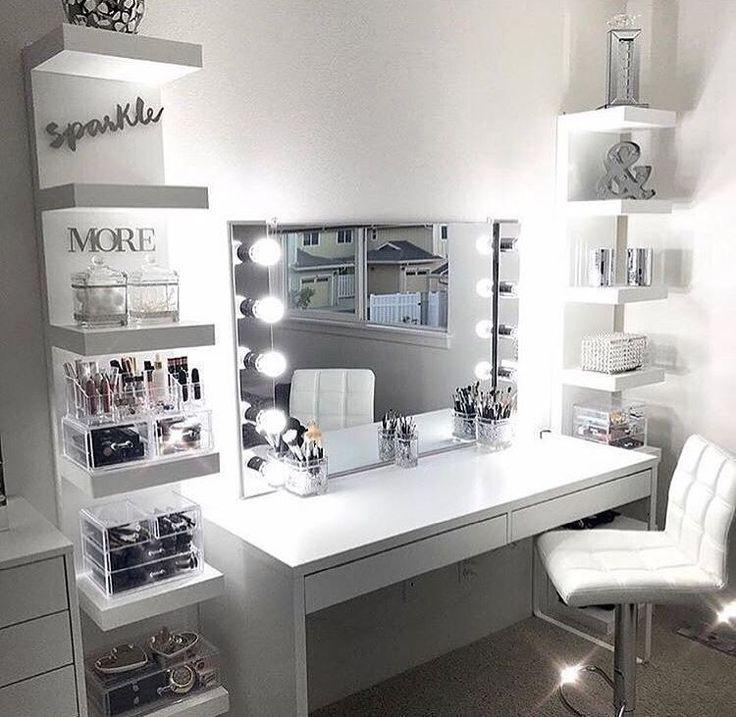 13 Beautiful Makeup Room Ideas, Organizer and Decorating #pinkmakeuproomideas