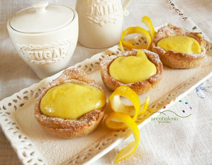 Ricetta Crostatine di pasta frolla vegana con crema al Limone vegana