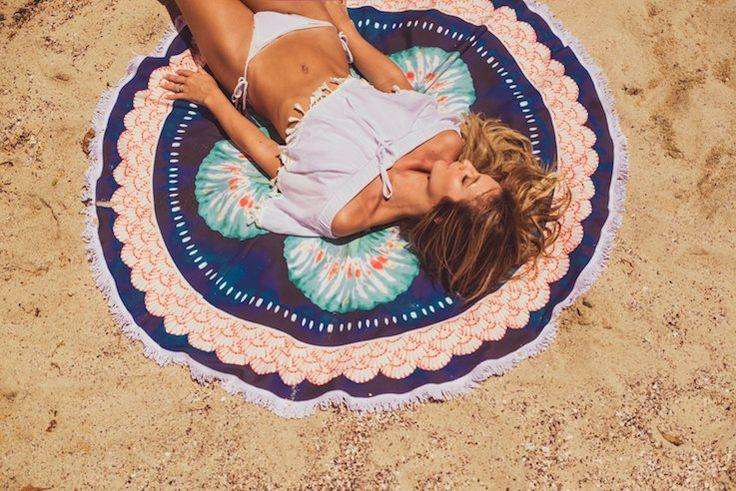Campanha Sirena Luisa Meirelles Verão 2015 | jelly ring canga redonda roundie