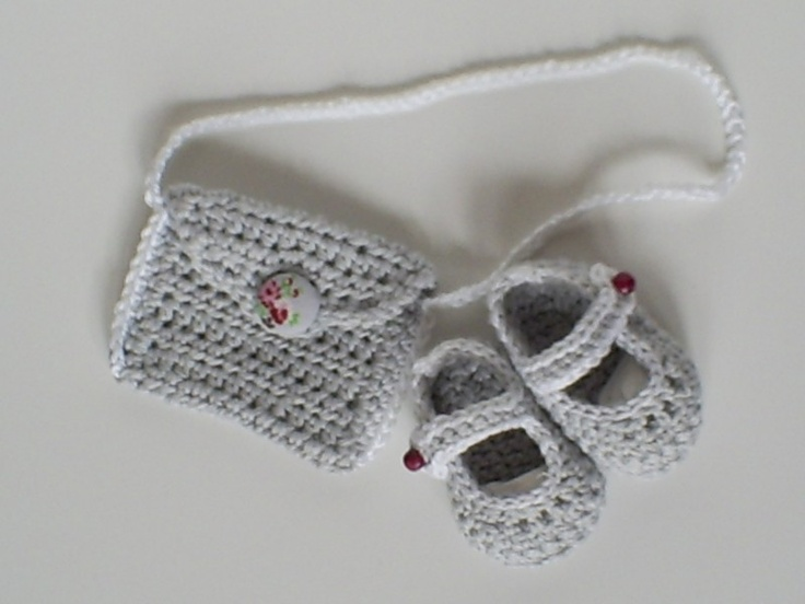 Crochet purse and shoes...LOVE the shoes!