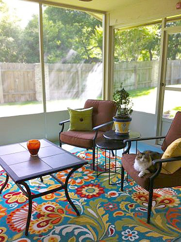 """""""So bright and colorful, supersoft, affordable and everyone comments on how it absolutely makes the room."""" -- seisenhauer from Austin, Texas. The cat seems pleased, too. 