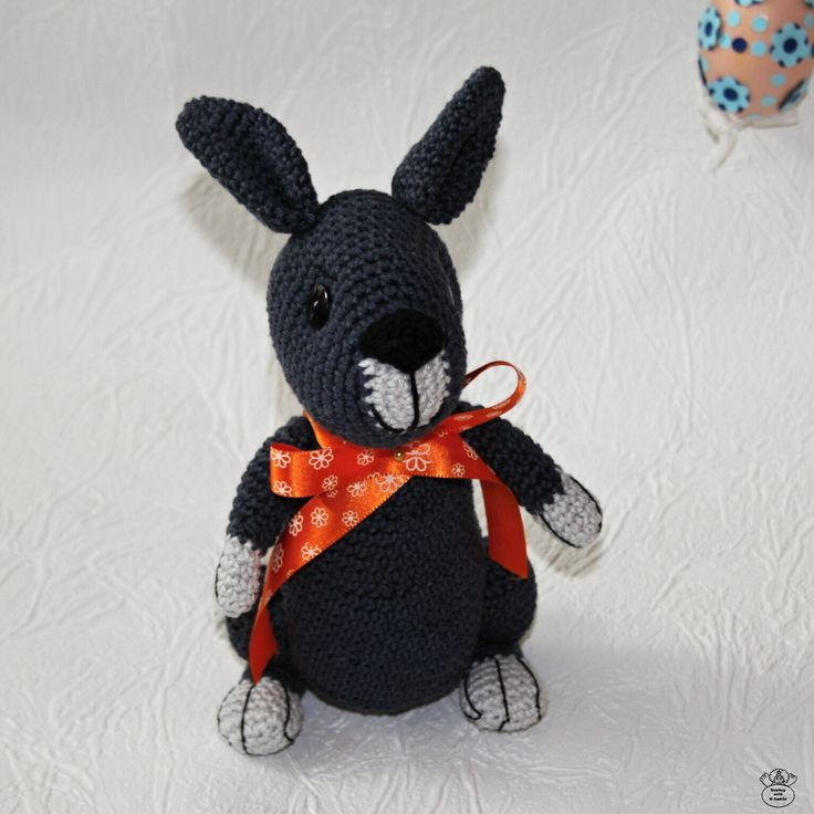 Háčkovaný zajíc/Crocheted hare Návod na háčkování/Guide to crochet