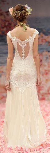 Vestidos de noiva rendados delicados