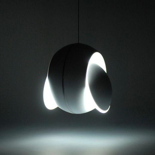 Nissyoku Lamp by Péter Toronyi